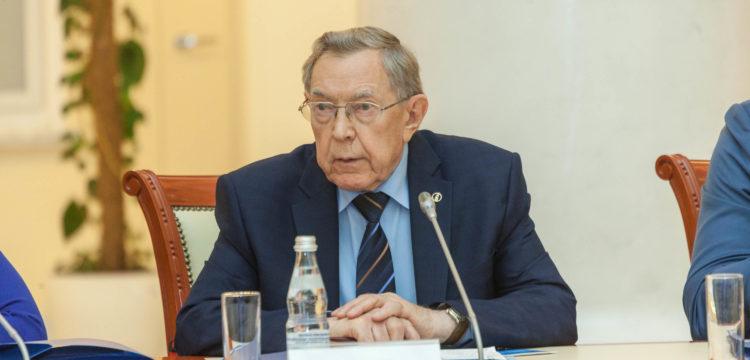 Причины смерти и краткая биография Вениамина Яковлева