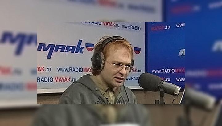 Рисунок 1. Трахтенберг на радио «Маяк».