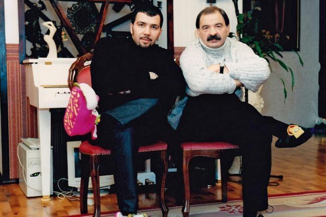 Рисунок 2. Отец и сын