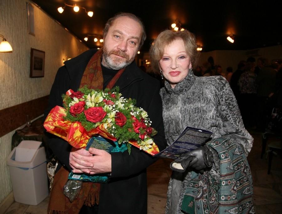 Рисунок 2. Вместе с мужем Сергеем Михайловичем Сениным