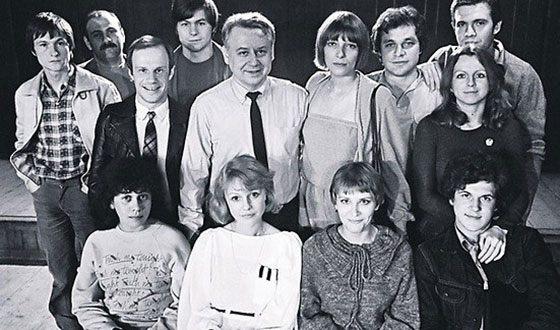Рисунок 4. В составе труппы театра «Современник» (рядом с Табаковым).