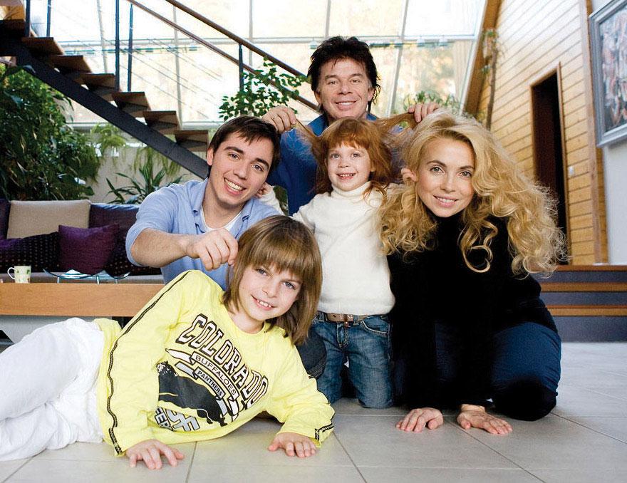 Рисунок 4. Большая семья