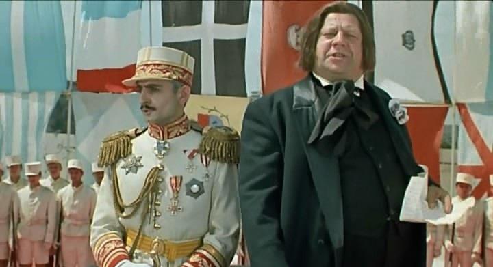 Рисунок 3. Хуциев в роли главнокомандующего в фильме «Интервенция»