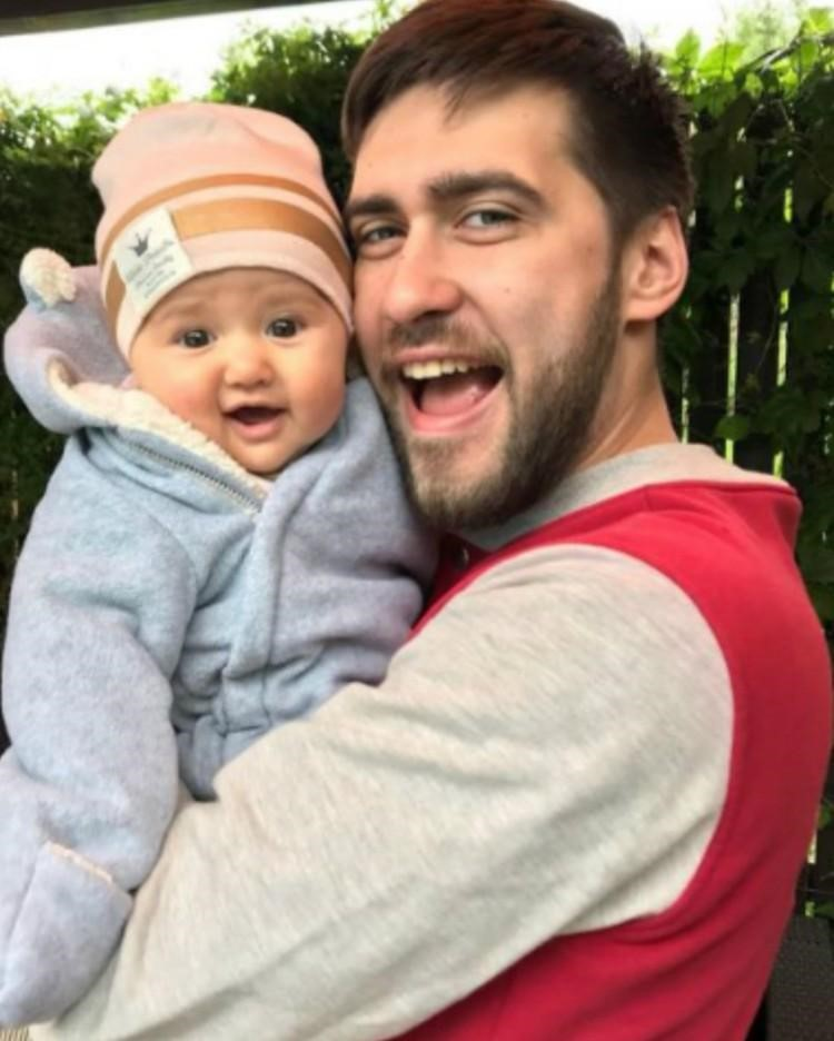 Егор с дочкой