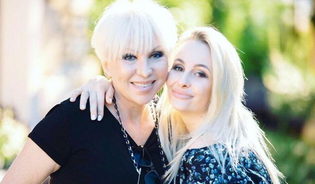 С дочерью Анетт